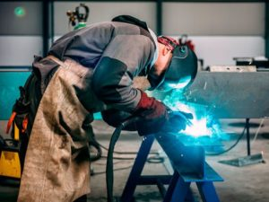 WHICH WELDER IS THE BEST FOR BEGINNERS 3